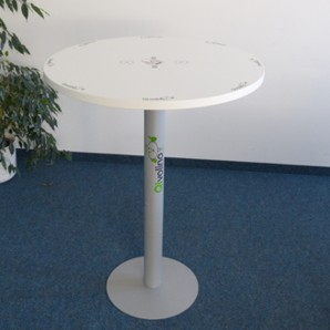 Qivolino smart charging table